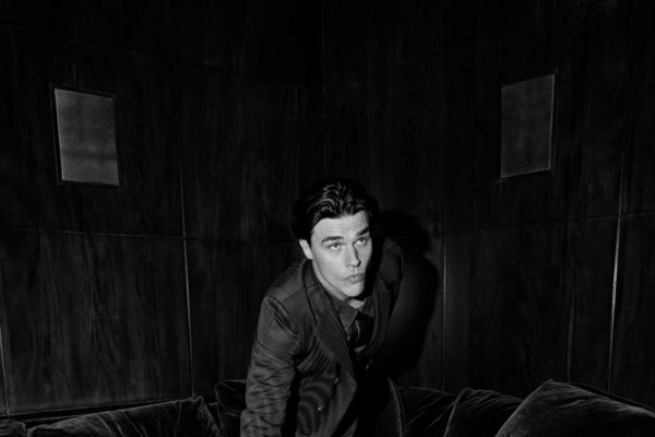201026 0060 Esquire Finn Wittrock 064 By Christian Hogstedt