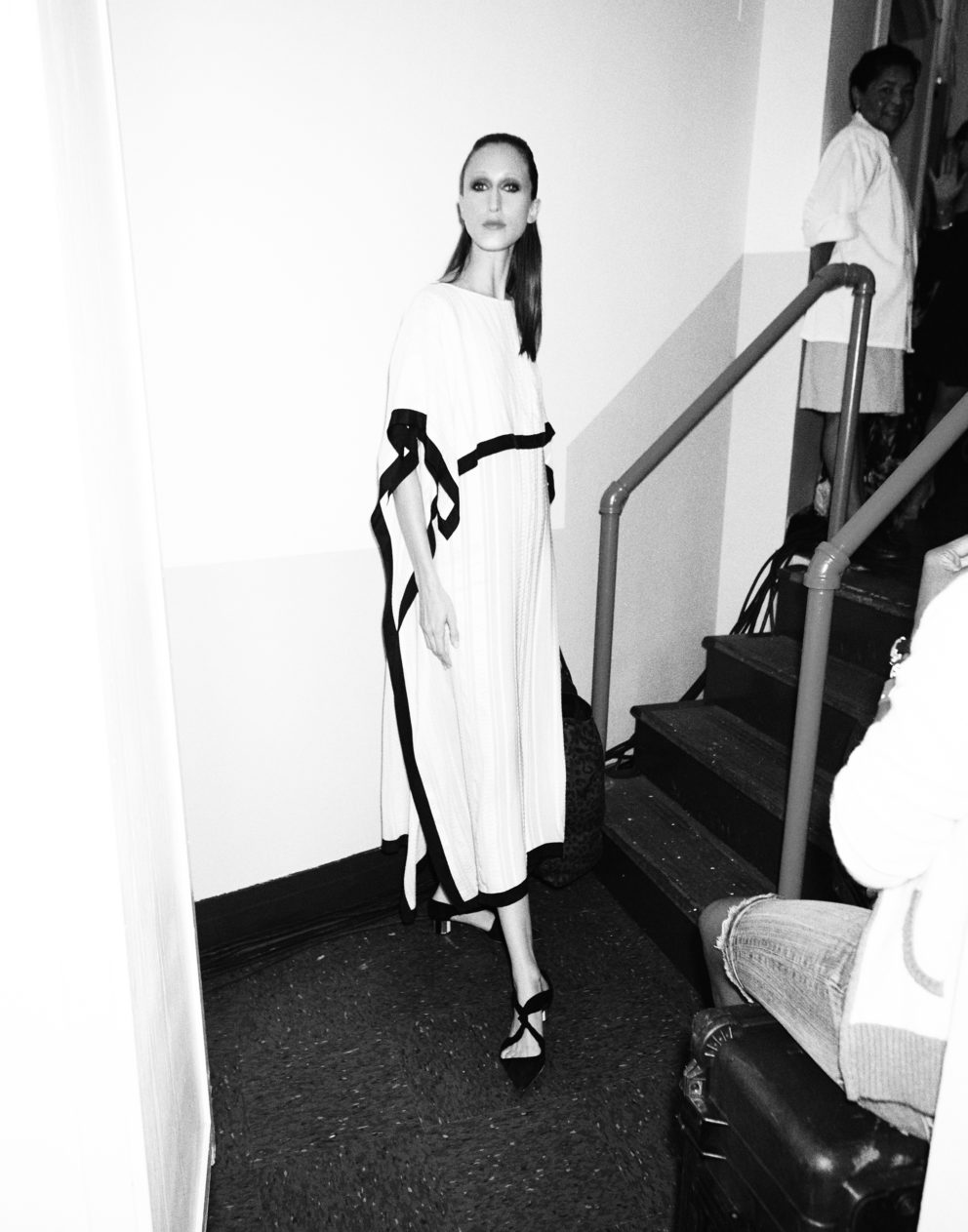 160912 0020 Carolina Herrera Backstage S17 153